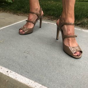 Tan Patent Leather Via Spiga Sandals Heels